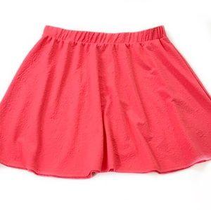 Torrid • NWT Textured Skater Skirt